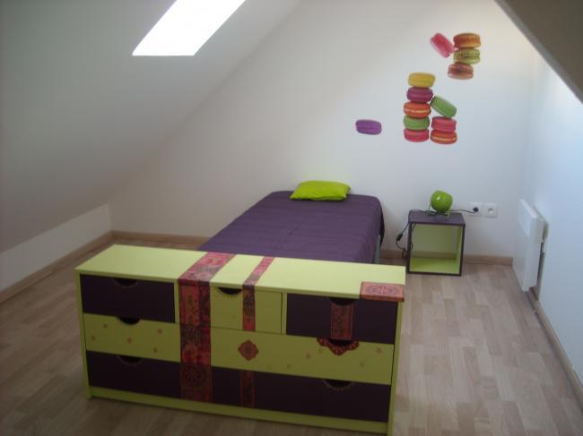 pin chambre mansardee on pinterest. Black Bedroom Furniture Sets. Home Design Ideas